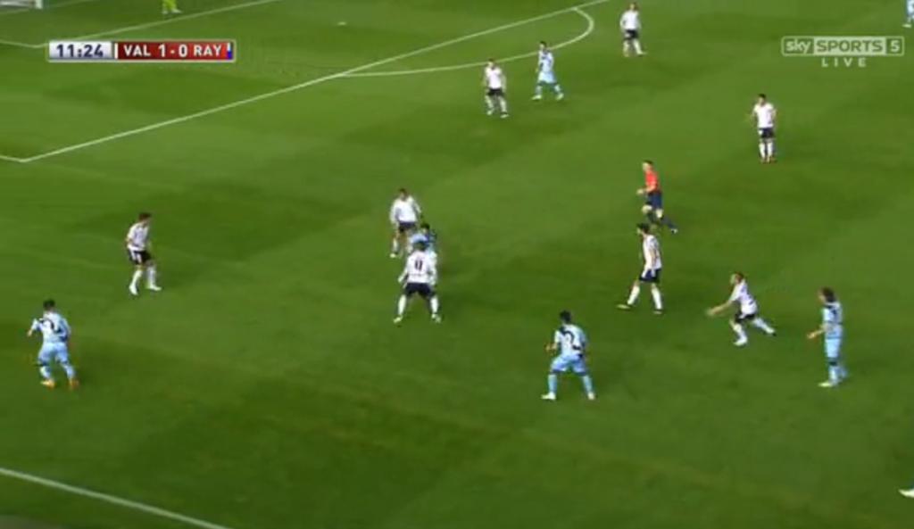 Valencia shutting a pressing trap on a vertical pass.