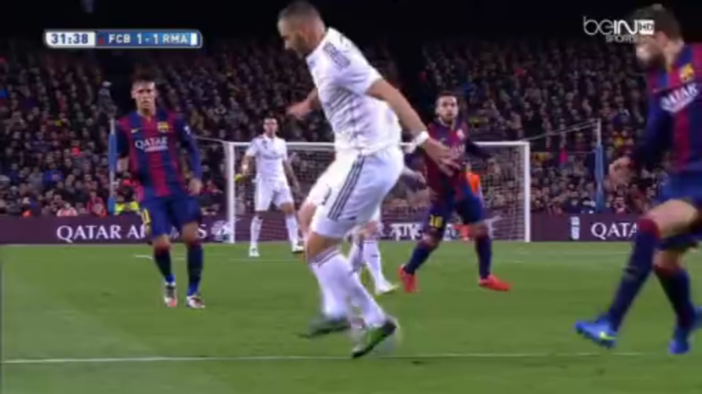 Benzema's slick backheel assist to Ronaldo.
