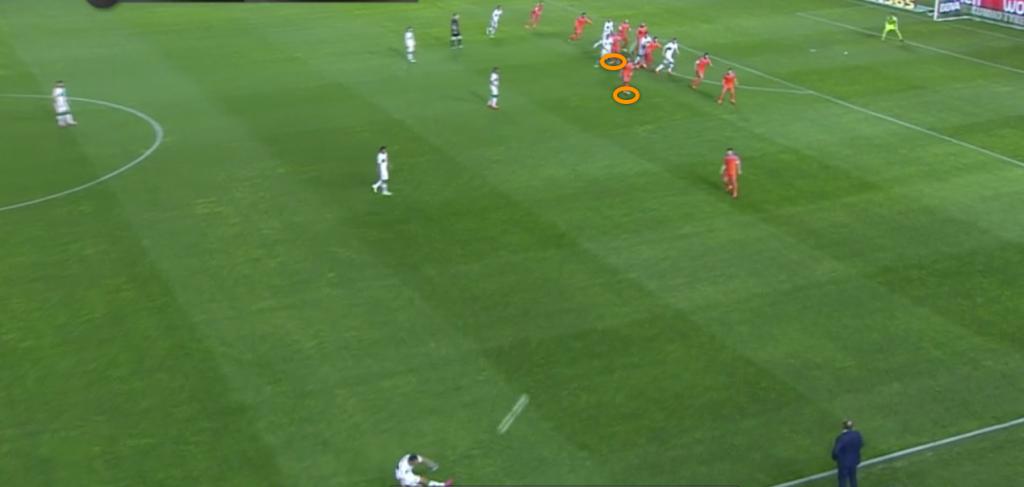 valencia defending free kick