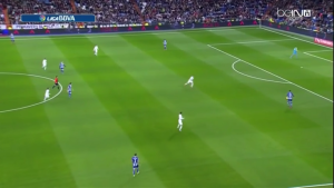 Madrid's 4-3-3 high press - notice the 8s situationally man-marking players within their zone