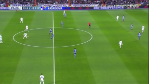 Madrid playing with 2 separate teams on the field!